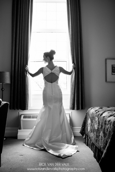 Julie and Tom – wedding, wine and warm weather at Inn on ...